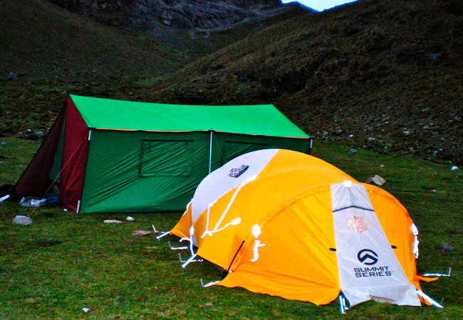 tent-salkantaytrek-bioandeanexpeditions